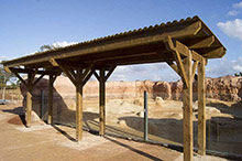 Autoclaved pine shelters for zoo visitors