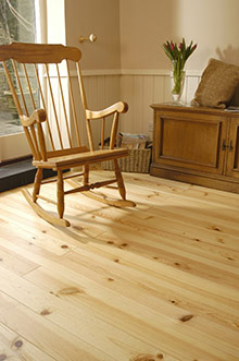 Parquet-en-pin-naturel---FP-BOIS